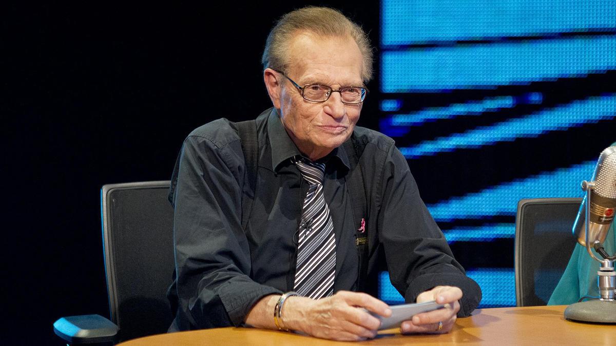 Larry King passes away   WWE