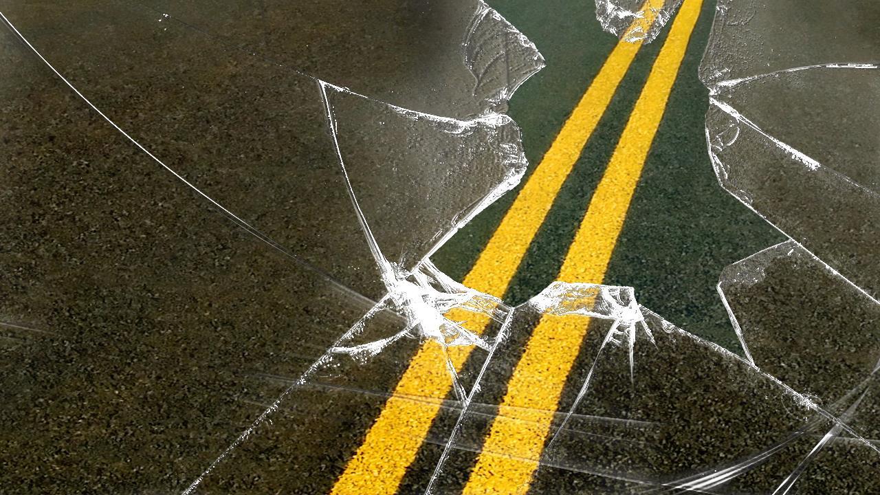 car crash_421178