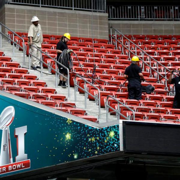 NRG Stadium, Workers_537136