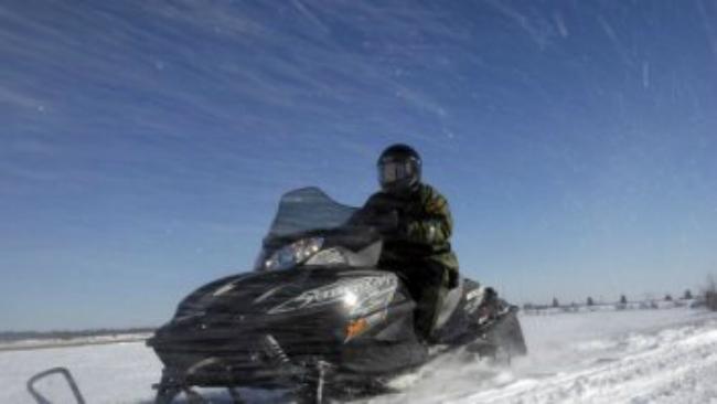 snowmobile_807993