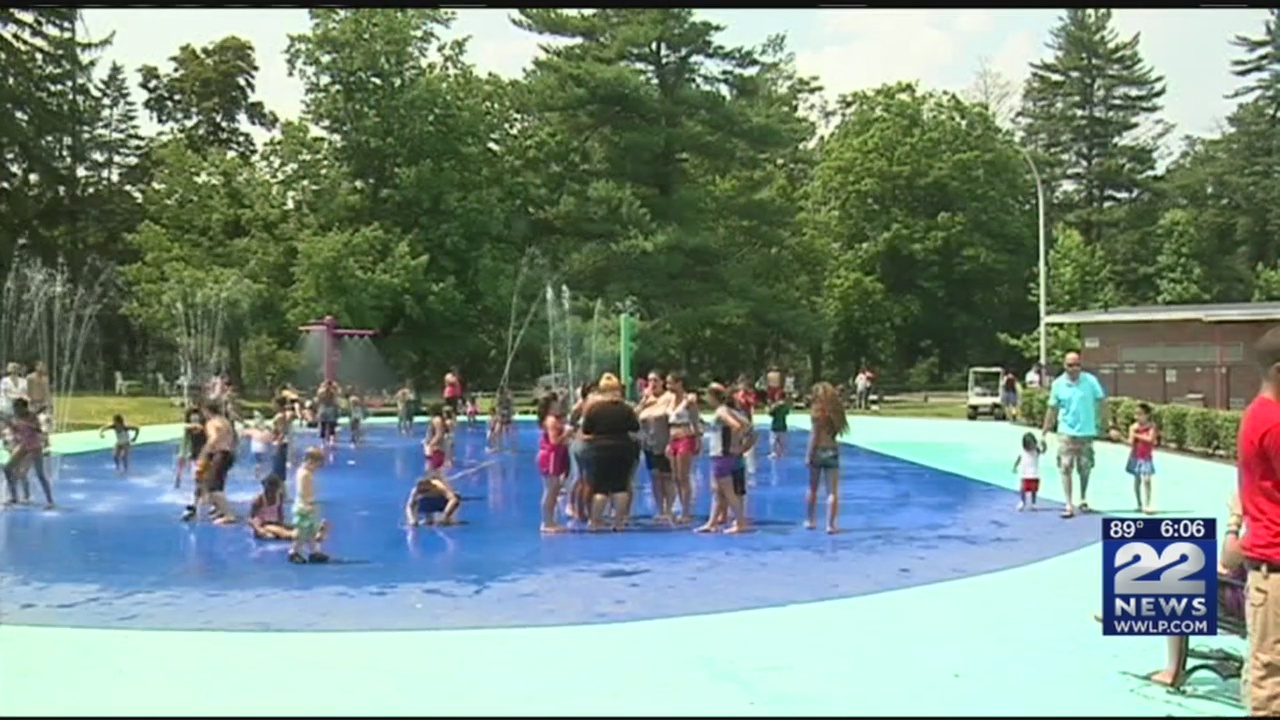 Springfield_splash_pads_opened_early_in__0_20180617221942