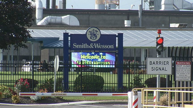 smith and wesson workers laid off_734523