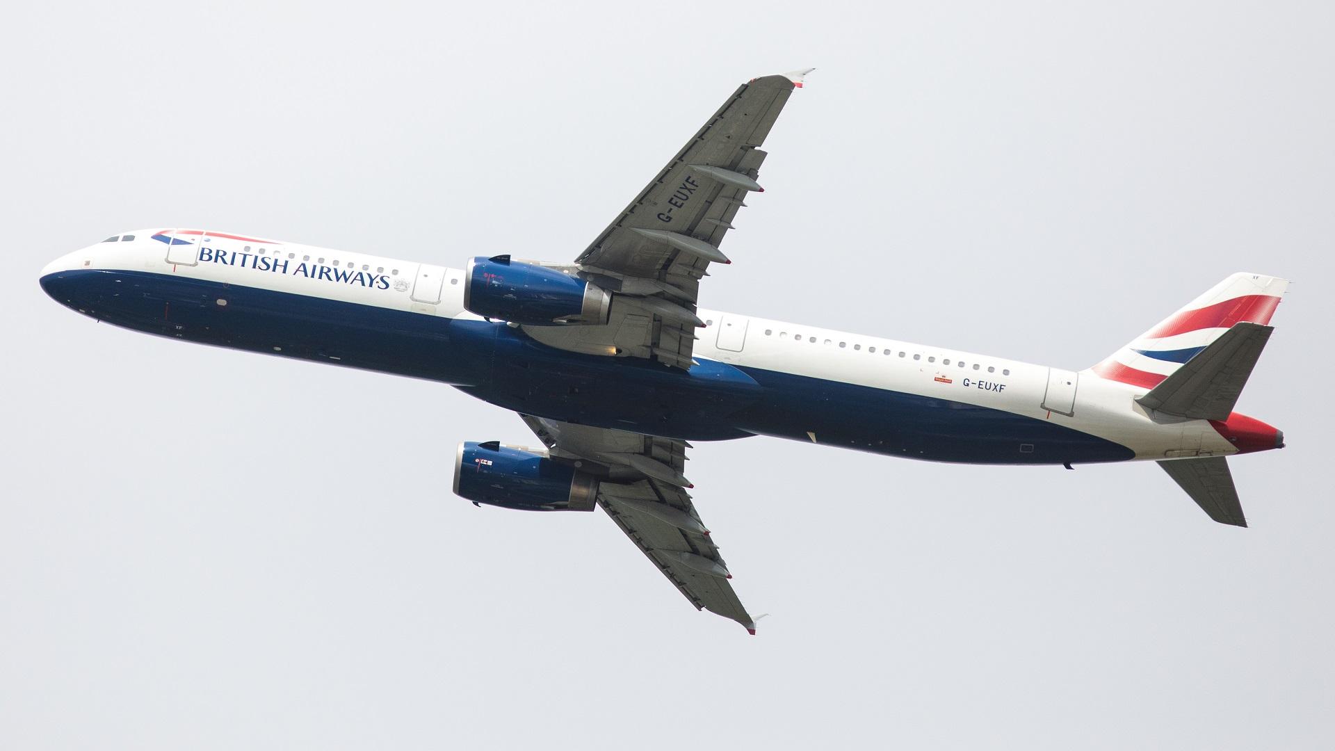BRITISH AIRWAYS PLANE-846652698