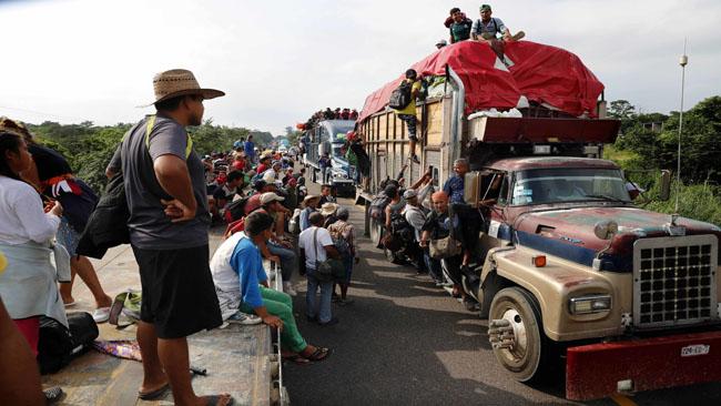 APTOPIX Central America Migrant Caravan_1541248645017