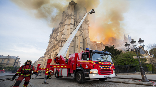 France Notre Dame Fire_1555411151394