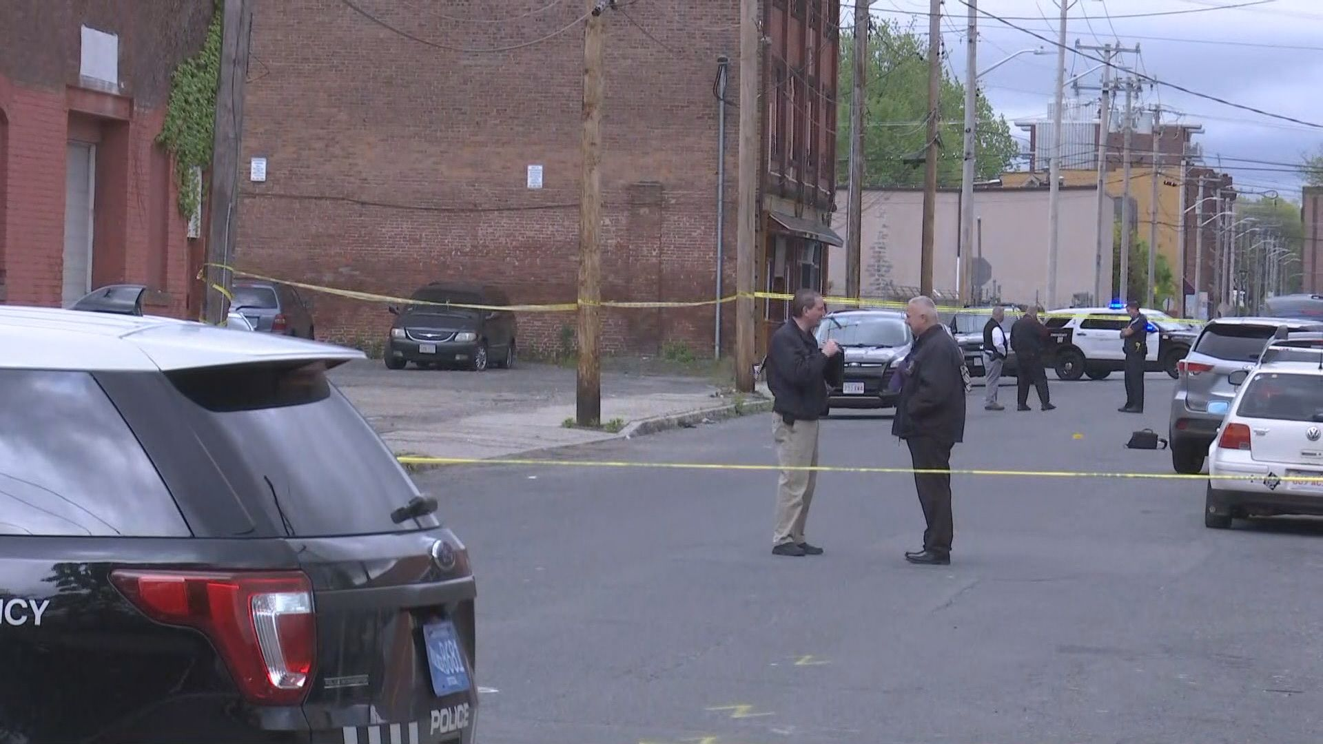A Full Investigation Needed In Holyoke >> Holyoke Police Investigating Homicide