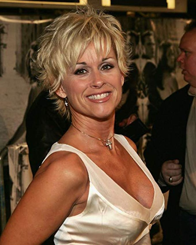lorrie morgan performs at the clayton opera house