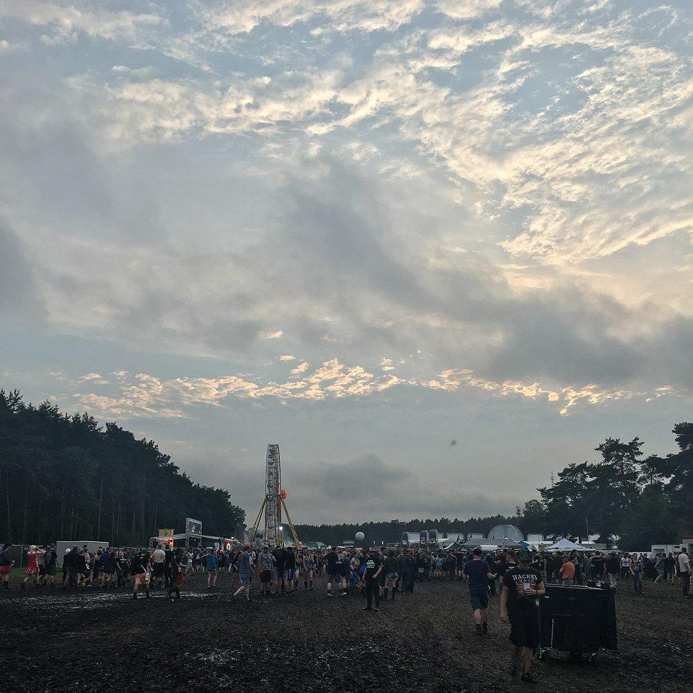Hurricane Festival 2016: Riesenrad im Schlamm