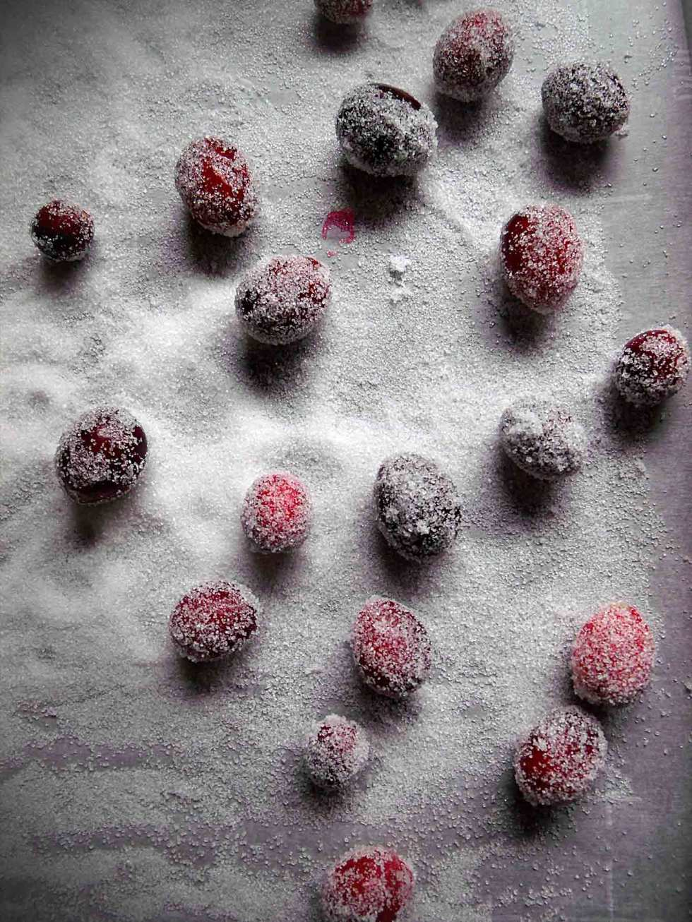 Frosted Cranberries - these sugared cranberries are the perfect, beautiful table topper for the holidays!