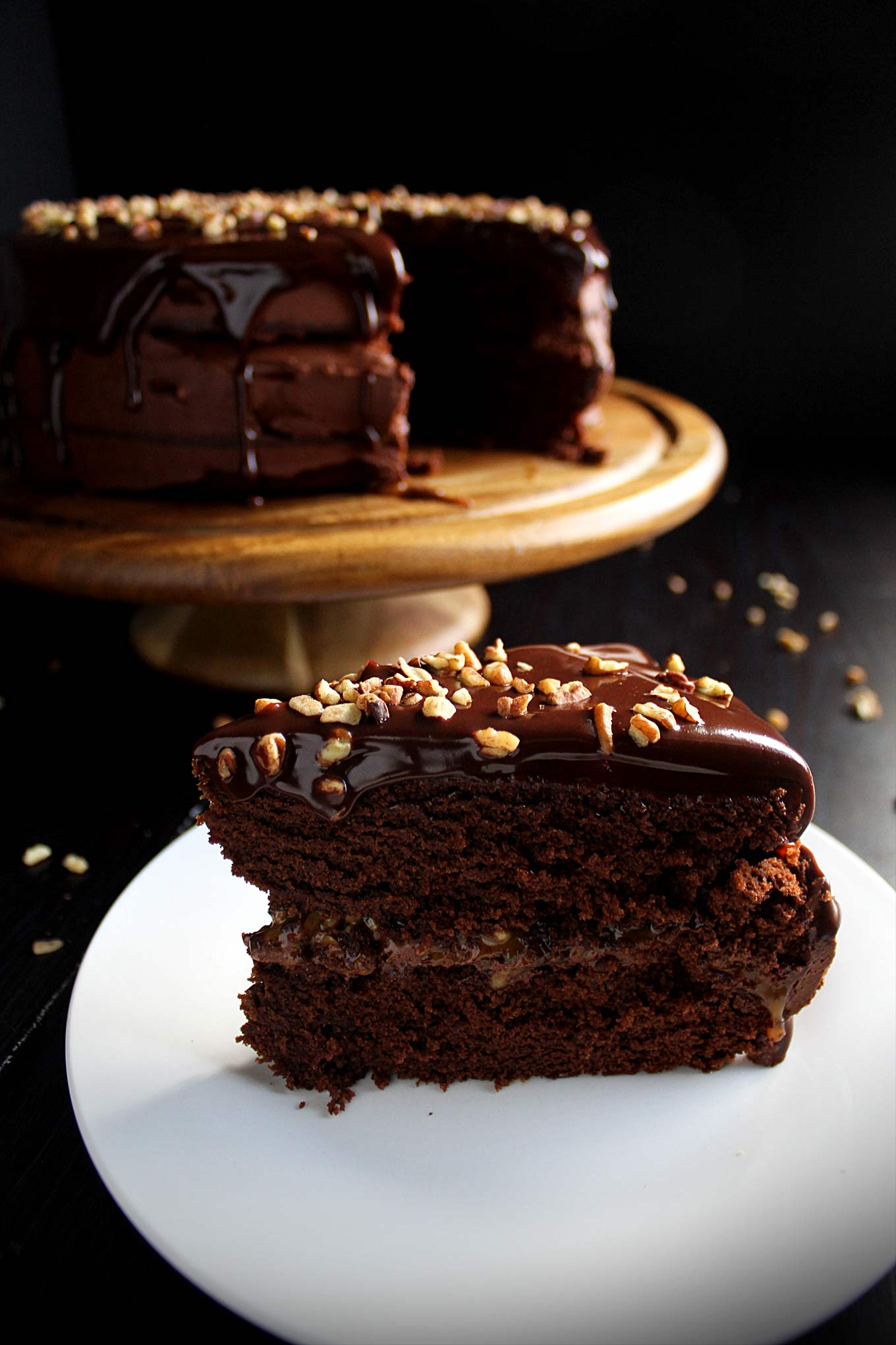 Chocolate Turtle Cake with Caramel Pecans and Chocolate Ganache ...