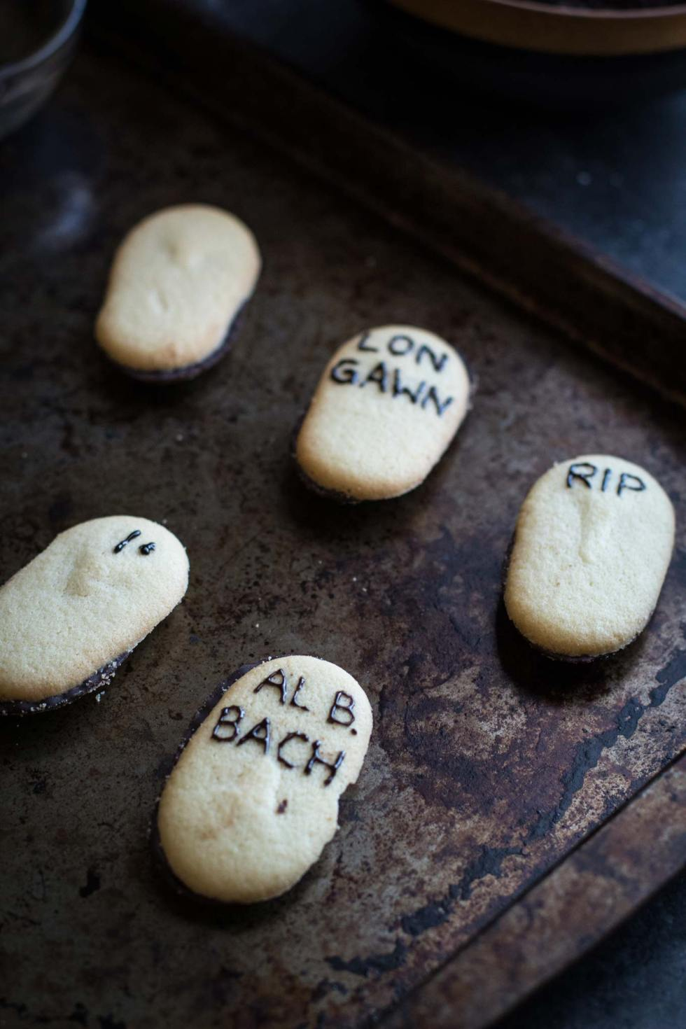 Milano cookie gravestones