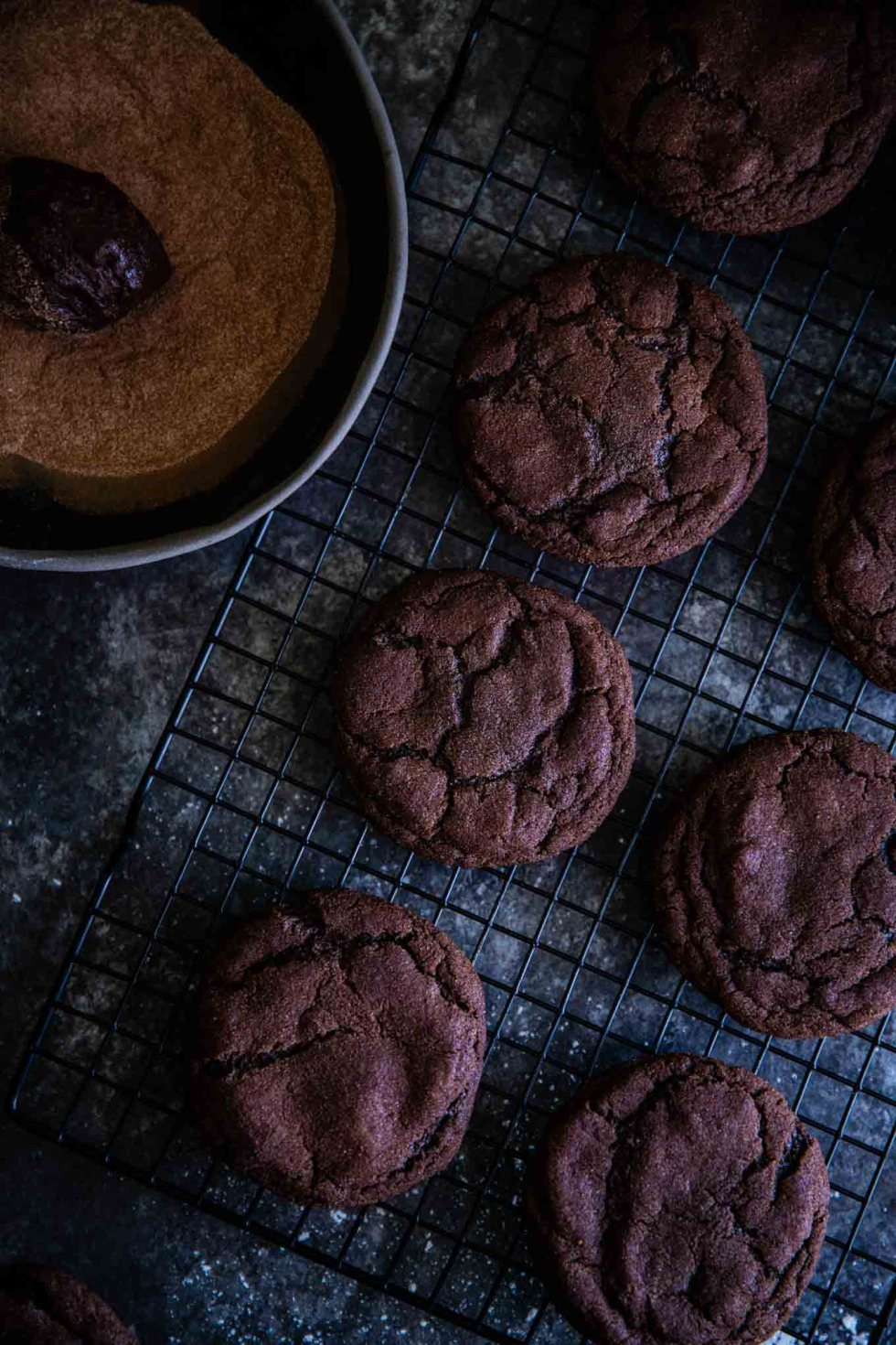 Snickerdiablos are fun, cinnamon chocolate cookies with a red chile ganache center! Reminiscent of mexican hot chocolate cookies with a very slow heat.