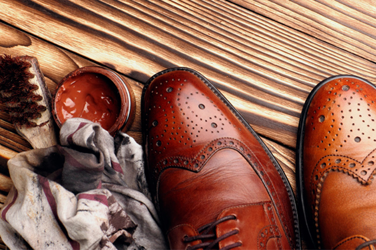 Shoe repairs in Horsham