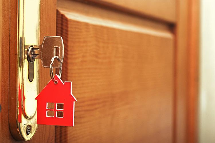 5 ways to improve your front door security