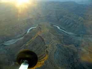 Aerial view, Utah. (Emilene Ostlind — click to enlarge)