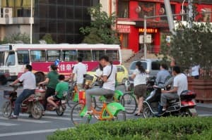 Taiyuan street scene (click to enlarge)