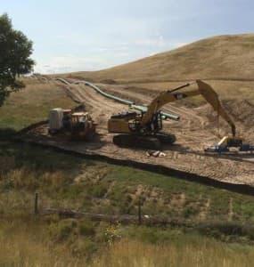 Pipeline under construction west of Douglas, Wyo., September 2014. (Tom Rea photo.)