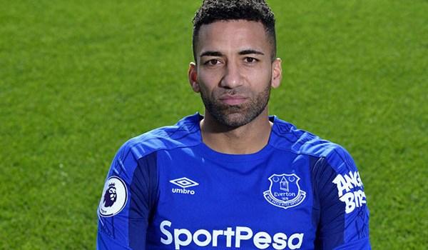 Burnley Resmi Datangkan Pemain Aaron Lennon Dari Everton