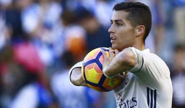 Cristiano Ronaldo Mahluk Galaksi Lain Kata Zinedine Zidane