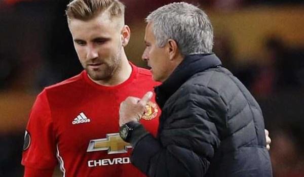 Bintang Manchester United Tuduh Jose Mourinho Bully Luke Shaw