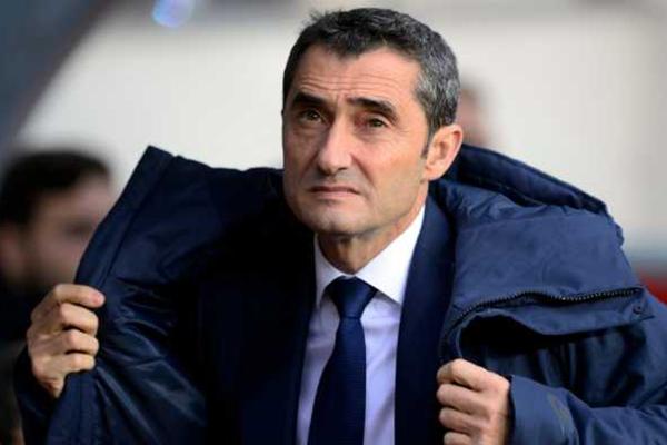Pelatih Barcelona Ernesto Valverde Ingatkan Ancaman Chelsea