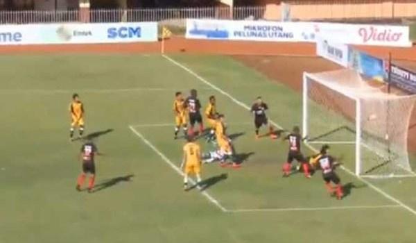Laporan Pertandingan Sepakbola Liga 1 Persipura VS Mitra Kukar