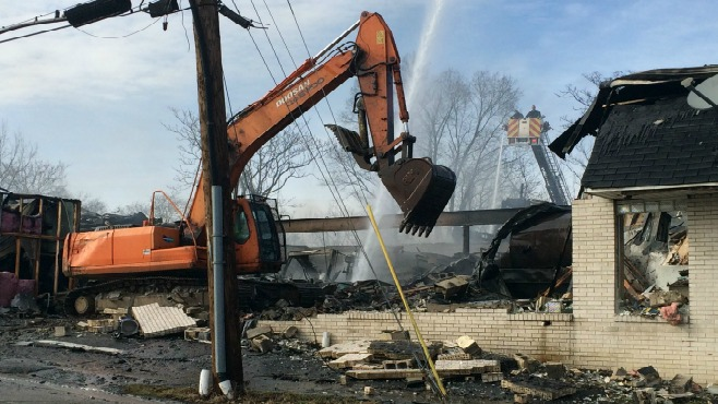 Two alarm fire at Youngstown Asphalt Solutions_34653