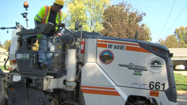 Trumbull and Mahoning counties purchase new road tool_55531