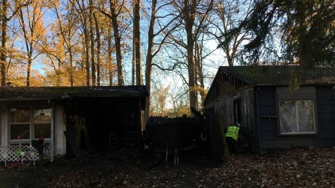 Kenwood Drive, Warren house fire_100048