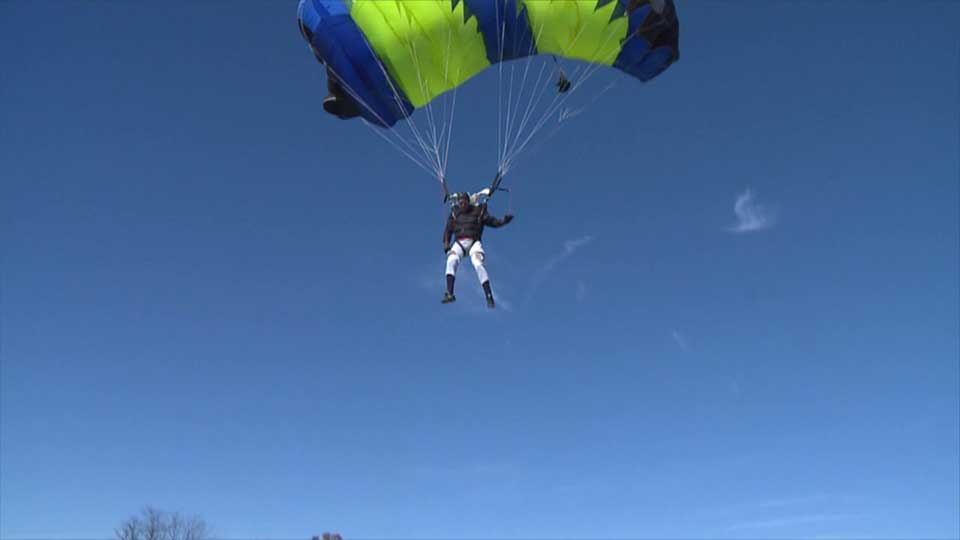 Owner of Petersburg skydiving center, Youngstown firefighter