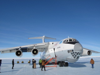 The plane Larsen flew in to Antarctica. Courtesy: Eric Larsen, Save the Poles.