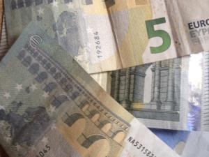 Schnelles Geld mit einem Online Kredit mit Sofortzusage?