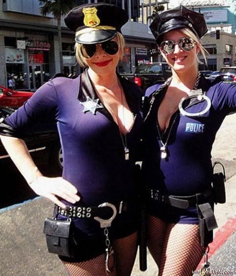 Vẻ nóng bỏng của cảnh sát Mỹ.