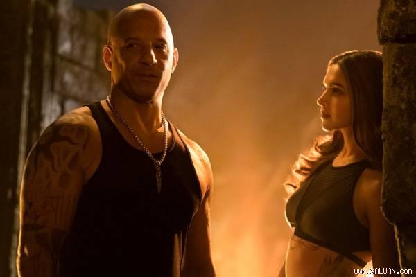 Dàn mỹ nhân nóng bỏng bên Vin Diesel trong 'xXx 3'