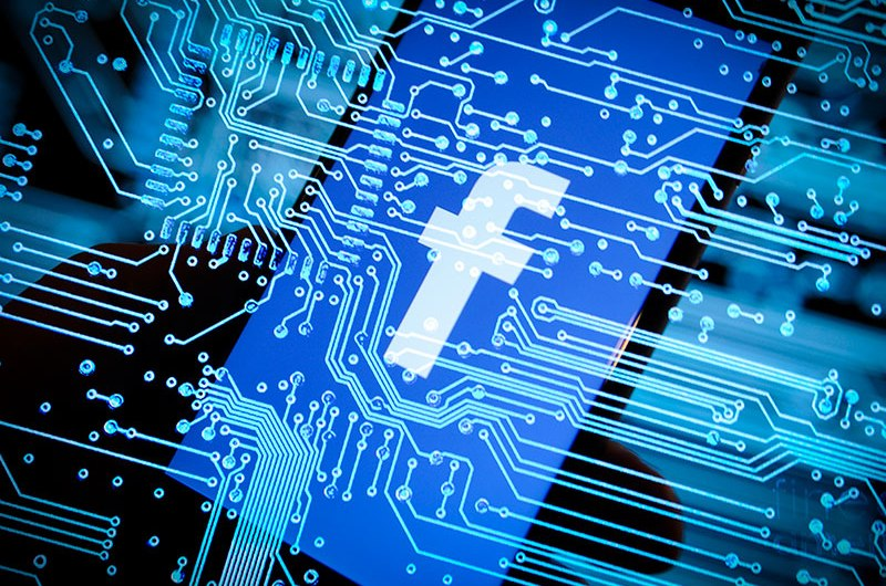 Now, Facebook wants the Largest Banks to Share Users' Financial Data