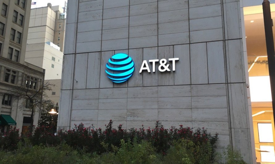 Some AT&T and Cricket Customers are being Told their Location Data was Used by Third-Parties via Text Message