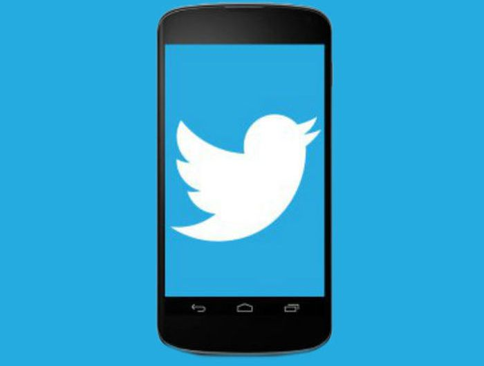 Twitter Seemingly Demotes Text in Favor of Images and Video in Latest Camera Update