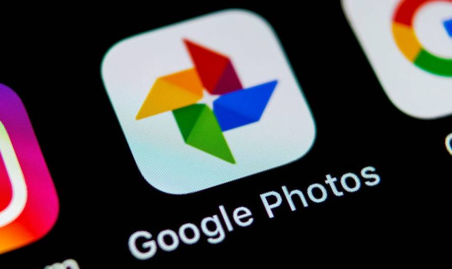 Google has Released another Chat Option and this Time it's Inside Google Photos on Mobile and Desktop