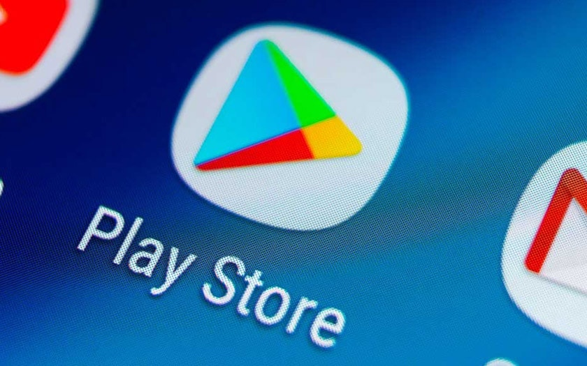 Google Working to Remove Android Apps with Fullscreen and Notification Ads from the Play Store