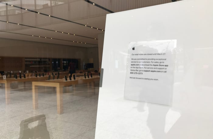 Apple's Retail Locations to Stay Closed until Early May, Company Exec Says