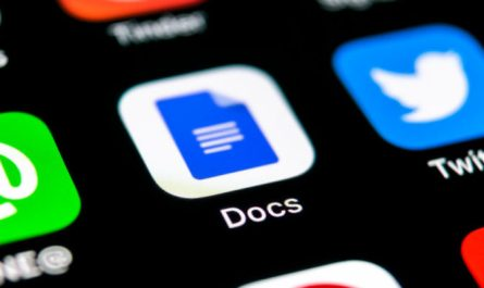 Google Docs Mobile App Smart Compose Feature Added