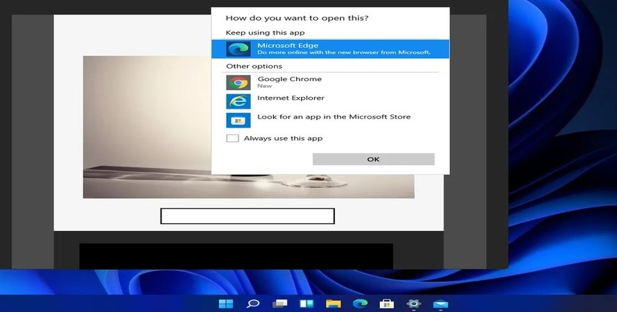 Microsoft Really Doesn't Want Windows 11 Users to Switch Default Browsers Away from Edge