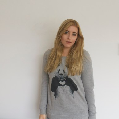 Juniqe sweater