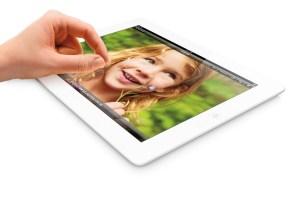 L'iPad reste une tablette de référence. Le modèle 128 Go est disponible.