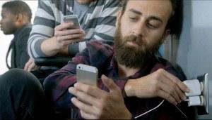 Les fans d'Apple veulent de l'électricité...