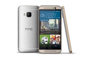 Le HTC One M9 argent/or.