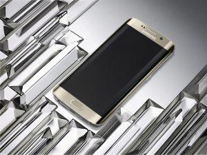 Le Samsung Galaxy S6 Edge: le nouveau roi des smartphones.