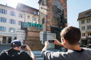 Campagne photo originale en faveur du .swiss.