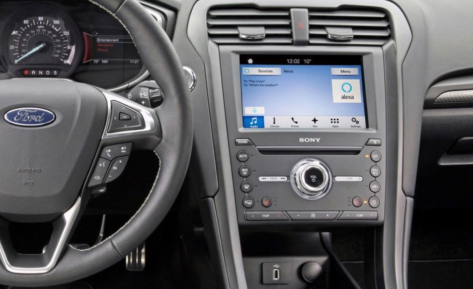 Au CES 2017, Ford parie sur Alexa d'Amazon.