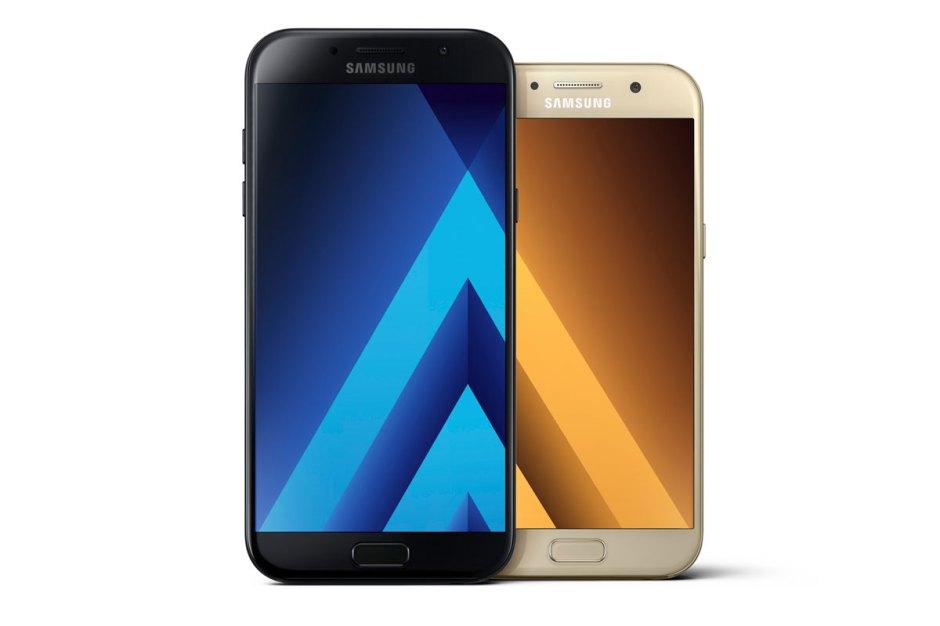 Les Samsung Galaxy A7 et A5 présentés lors du CES 2017.